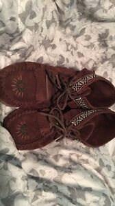 Size 8 moccasins