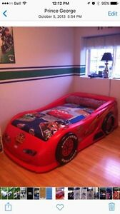 Lightning McQueen car bed Prince George British Columbia image 1