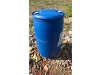 210 Litre/45 gallon plastic water butt barrel