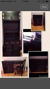6 piece bedroom set, real wood!