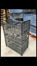 STACKING PLASTIC TRAYS