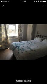 2 double beds, very close to South Ruislip station