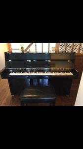 """DONT MISS OUT !! WONT LAST !! 42 """" STEIGERMAN UPRIGHT PIANO"""