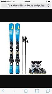 Ladies downhill skis, boots and poles