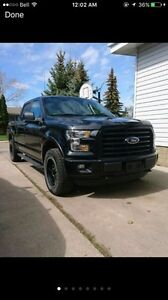 2015 Ford F-150 XLT SuperCrew Fully Loaded