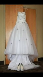 Wedding dress veil and shoes