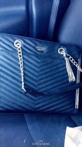 Authentic guess tote purse