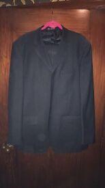 Louis Vuitton men's suit size 46 chest, 36 waist
