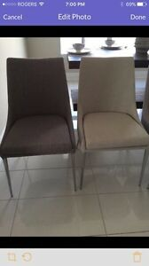 4 dining room chairs  London Ontario image 1