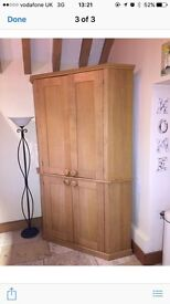 Corner cabinet hand built in solid isk