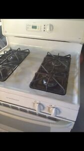 Gas stove  London Ontario image 3
