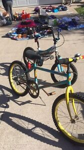 2 boys bikes for sale at yard sale