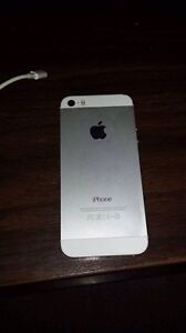 iPhone 5s 16gb locked to bell Kingston Kingston Area image 1