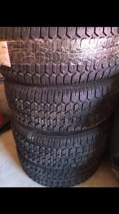 225/60/16 uniroyal tiger paw snow tires
