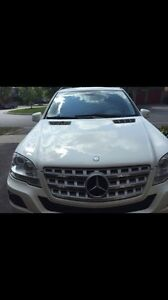 Immaculate Condition 2011 Mercedes Benz ML350