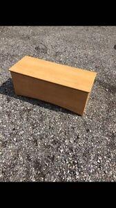 Wood bench / toy box