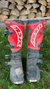 MSR riding boots