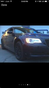 2011 Chrysler 300 parting out  5000$ whole w/ engine
