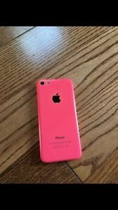UNLOCKED iPhone 5C 16GB W/OTTERBOX