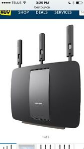 Linksys Tri-band Wireless Router - never used