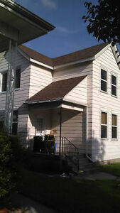 call Easy.s for all our exterior painting needs( free Estimates) Windsor Region Ontario image 4