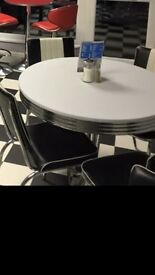 Retro American diner table and 4 chairs