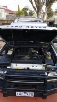 2000 Land Rover Discovery 2 Wagon, TD5 Manual.