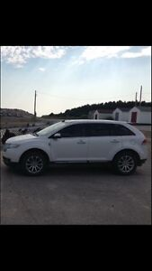2011 Lincoln MKX crossover