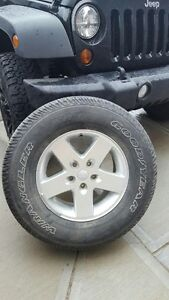 2012 Jeep Wrangler wheels and tires x 5