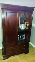 BEAUTIFUL TV OR DECORATIVE WOOD CABINET