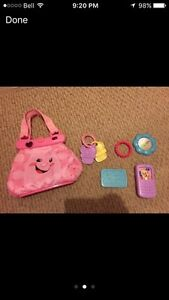 **Great Christmas Gift** Fisher-Price Laugh & Learn Purse West Island Greater Montréal image 2