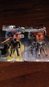 Lot of 2 Vintage Terminator 2 Sealed Collectable Toy Figurines
