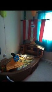 Pirate ship toddler bed with mattress  Kitchener / Waterloo Kitchener Area image 2