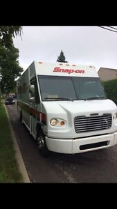 Camion Snap on freightliner mt45 2005