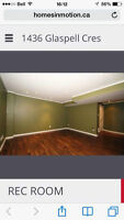 Beautiful Townhouse Basement For Rent (female only )