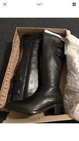 Ladies Clarks Valana Diem Black Leather,knee High, Slim Calf Boots, UK 4.5D. New