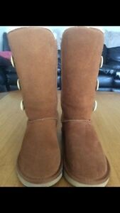 Tall Bailey Button Ugg Boots sz 6 Kitchener / Waterloo Kitchener Area image 4