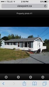 5 bedroom located in Falmouth NS