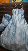 robe de bal bleue taille M