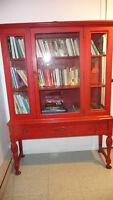 Vaisselier antique en bois - bibliothèque