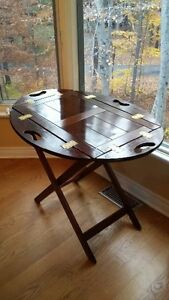 OLD WOODEN BUTLER TABLE price drop West Island Greater Montréal image 2