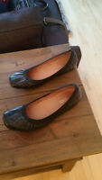 Black size 8 ballet flats, brand is Aldo