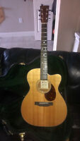 Martin OMC16GTE acoustic / electric - like NEW with case