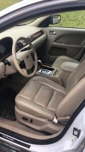 FORD FIVE HUNDRED 5500 OBO  Prince George British Columbia image 2