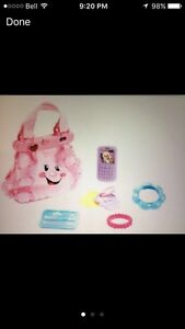 **Great Christmas Gift** Fisher-Price Laugh & Learn Purse West Island Greater Montréal image 3