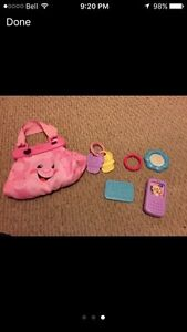 **Great Christmas Gift** Fisher-Price Laugh & Learn Purse West Island Greater Montréal image 1