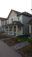 Windsong Airdrie Like New End Unit Townhouse