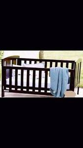 black metal baby cot (no mattress) , can delivery at extra fee Box Hill Whitehorse Area Preview