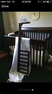 Expresso convertible crib