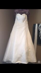 Wedding Dress with Veil for Sale